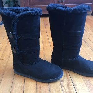Jcp. High top black boots